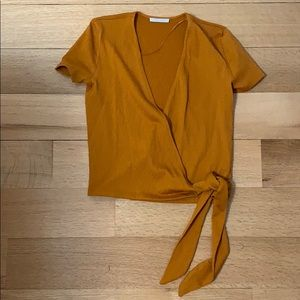 Wrap top with left ribbon tie